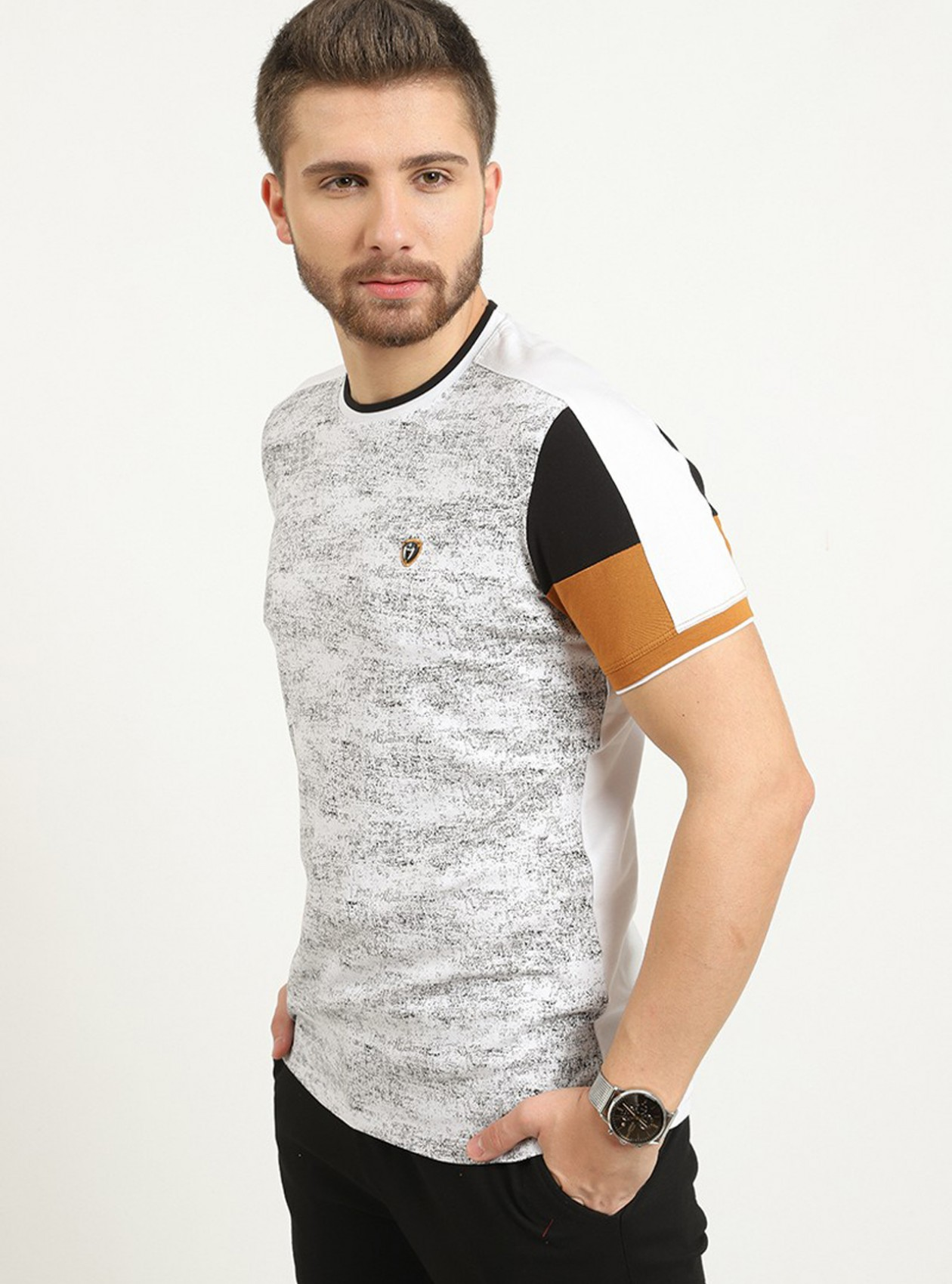 T-shirt Blanc manches courtes logo plaque poitrine